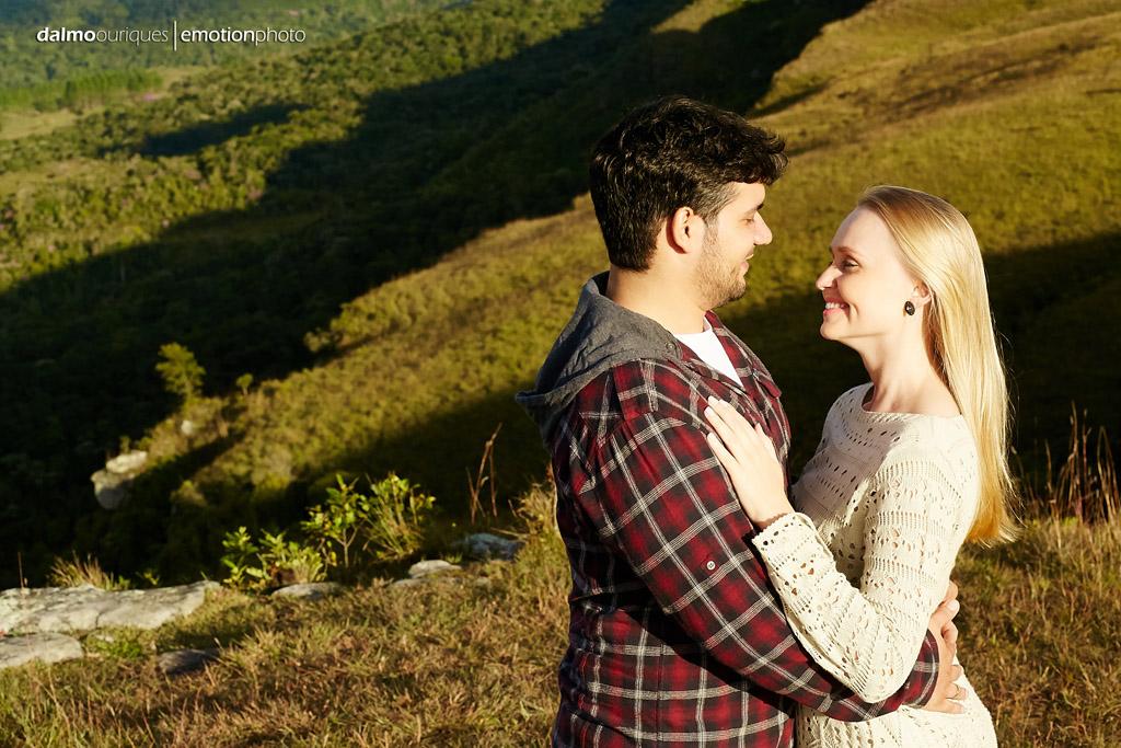 Pré Wedding em Rancho Queimado; Ensaio de casal em Rancho Queimado; pré Wedding num lindo campo; morro da Antena