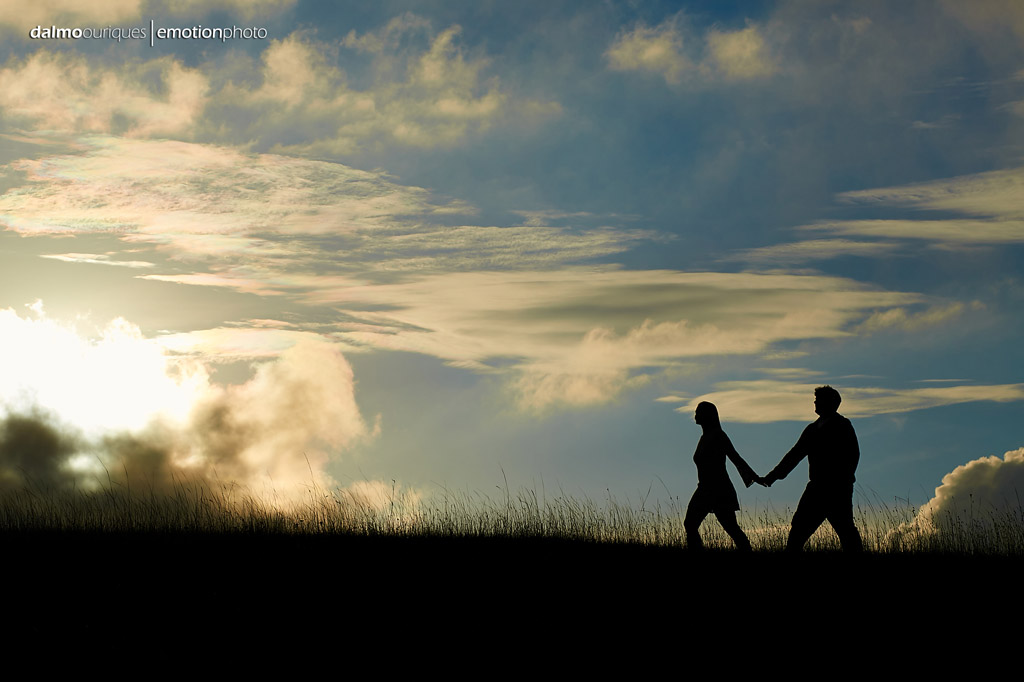 Pré Wedding com céu azul;; Ensaio de casal em Rancho Queimado; pré Wedding no Morro da Antena