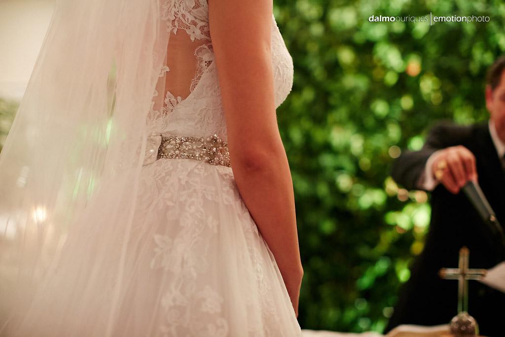 Fotógrafo de Casamento em Florianópolis; vestido da noiva; Alameda Casa Rosa
