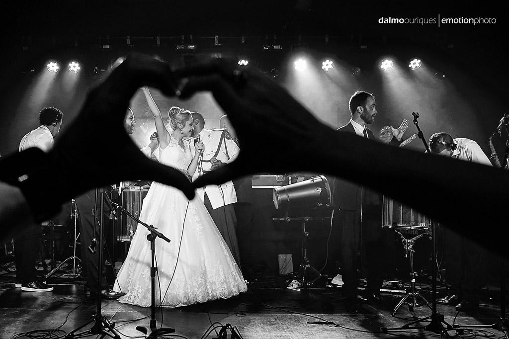 Fotografia de Casamento em Florianópolis; Festa de casamento; Alameda Casa Rosa; noivos no palco