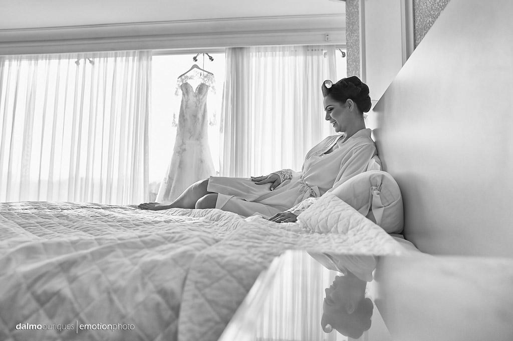 Making of da noiva; vestido da noiva; casamento em Florianópolis;  fotógrafo de casamento Florianópolis