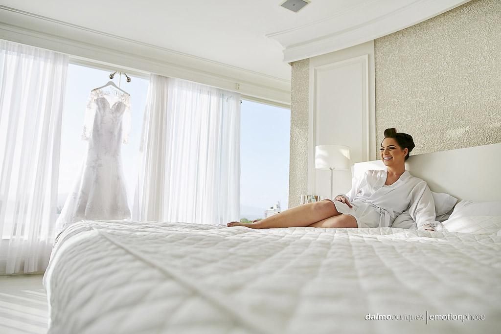 Making of da noiva; vestido da noiva; casamento em Florianópolis; fotografia de casamento em Florianópolis