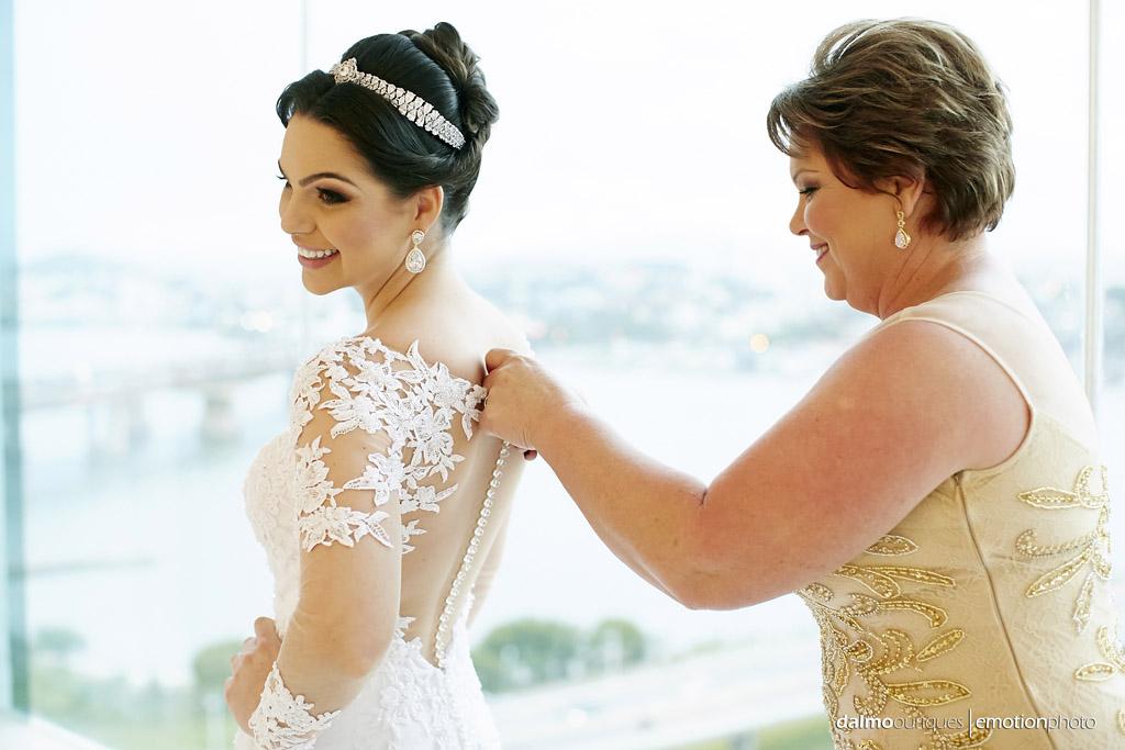Making of da noiva; noiva se arrumando; noiva pronta; melhor fotógrafo de casamento