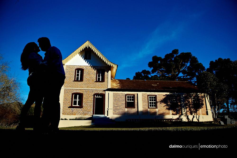 ensaio de casal; pre wedding; pre wedding em rancho queimado; fotografia de casal em rancho queimado, museu do Hercilio Luz