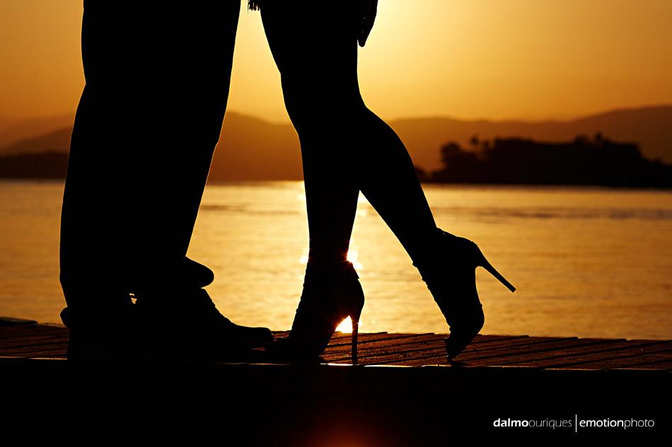 pre wedding em florianopolis; ensaio de casal  em florianopolis; ensaio em florianopolis; fotografia de casal; pre wedding; florianopolis; ensaio na praia