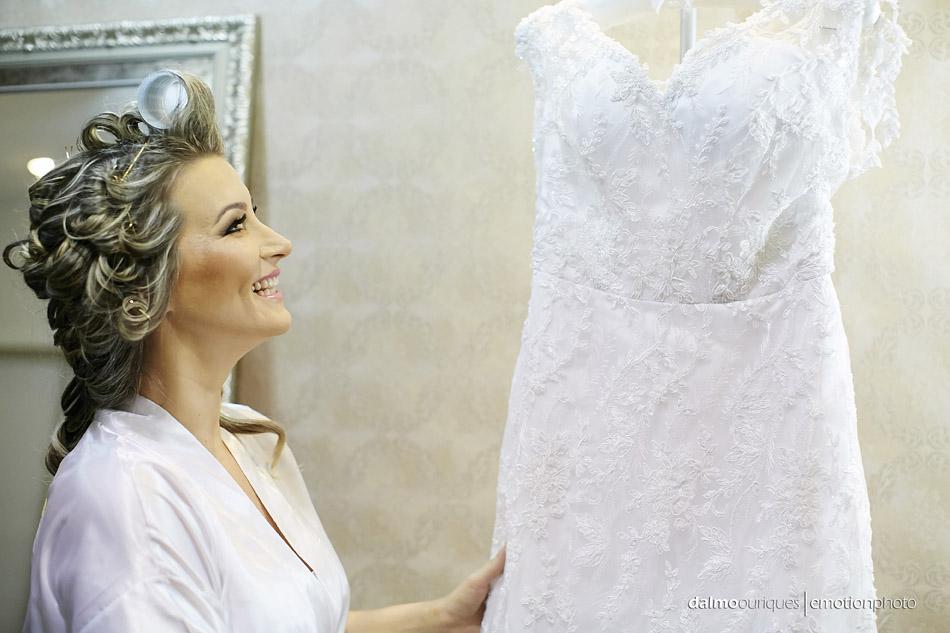 vestido da noiva; fotografia de casamento em florianopolis; fotografo de casamento em florianopolis; wedding em florianopolis; casamento florianopolis; hotel majestic; making of da noiva
