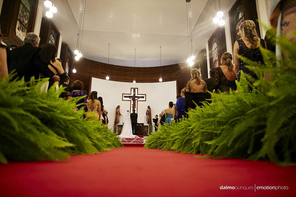 fotografia de casamento em florianopolis; wedding florianopolis; fotografo de casamento em florianopolis; fotografo em florianopolis; igreja do casamento; casamento na igreja; decoração da igreja