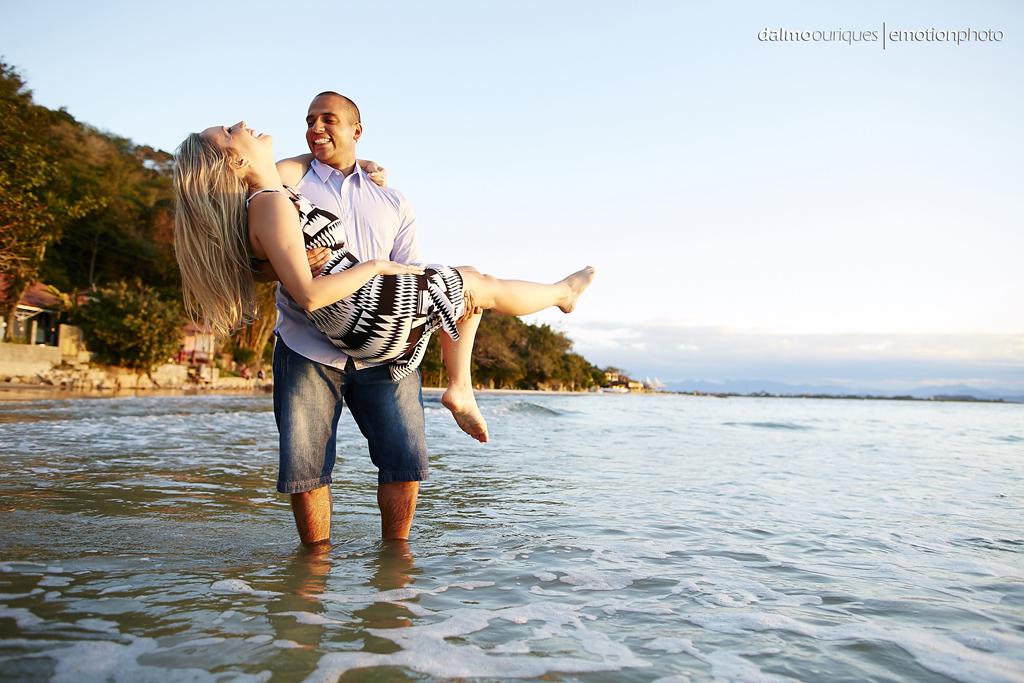 pre wedding em florianopolis; ensaio de casal em florianopolis; ensaio em jurere internacional; fotografia de casal; pre wedding; ensaio de casal na praia do forte