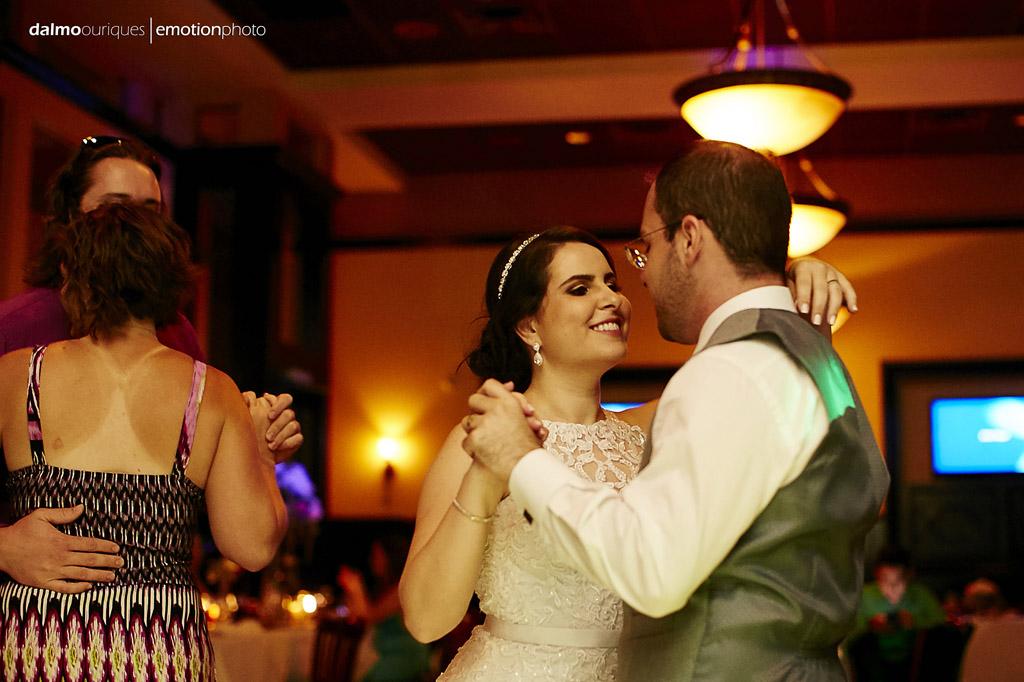 é fácil perceber o que a noiva está pensando, vale a pena casar,