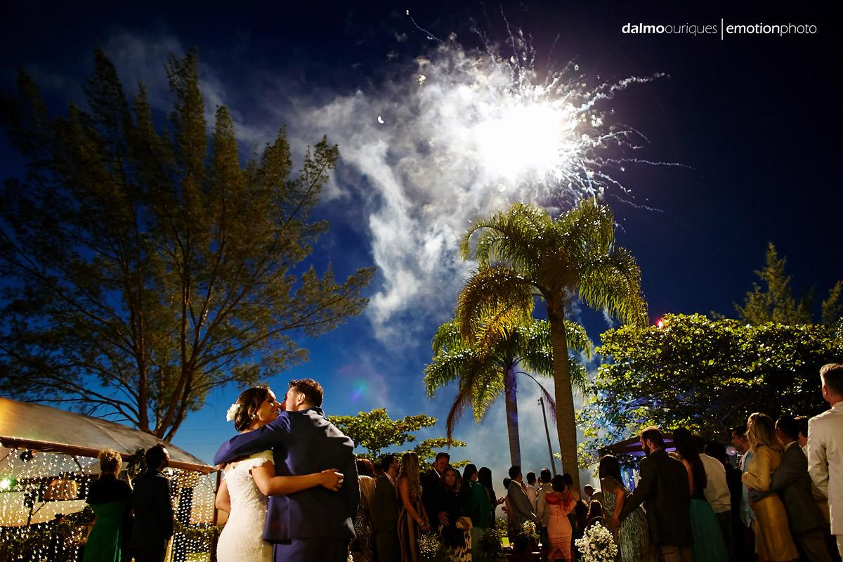 fogos de artifício em casamento; cerimonia de casamento; melhores fotógrafos de florianópolis;