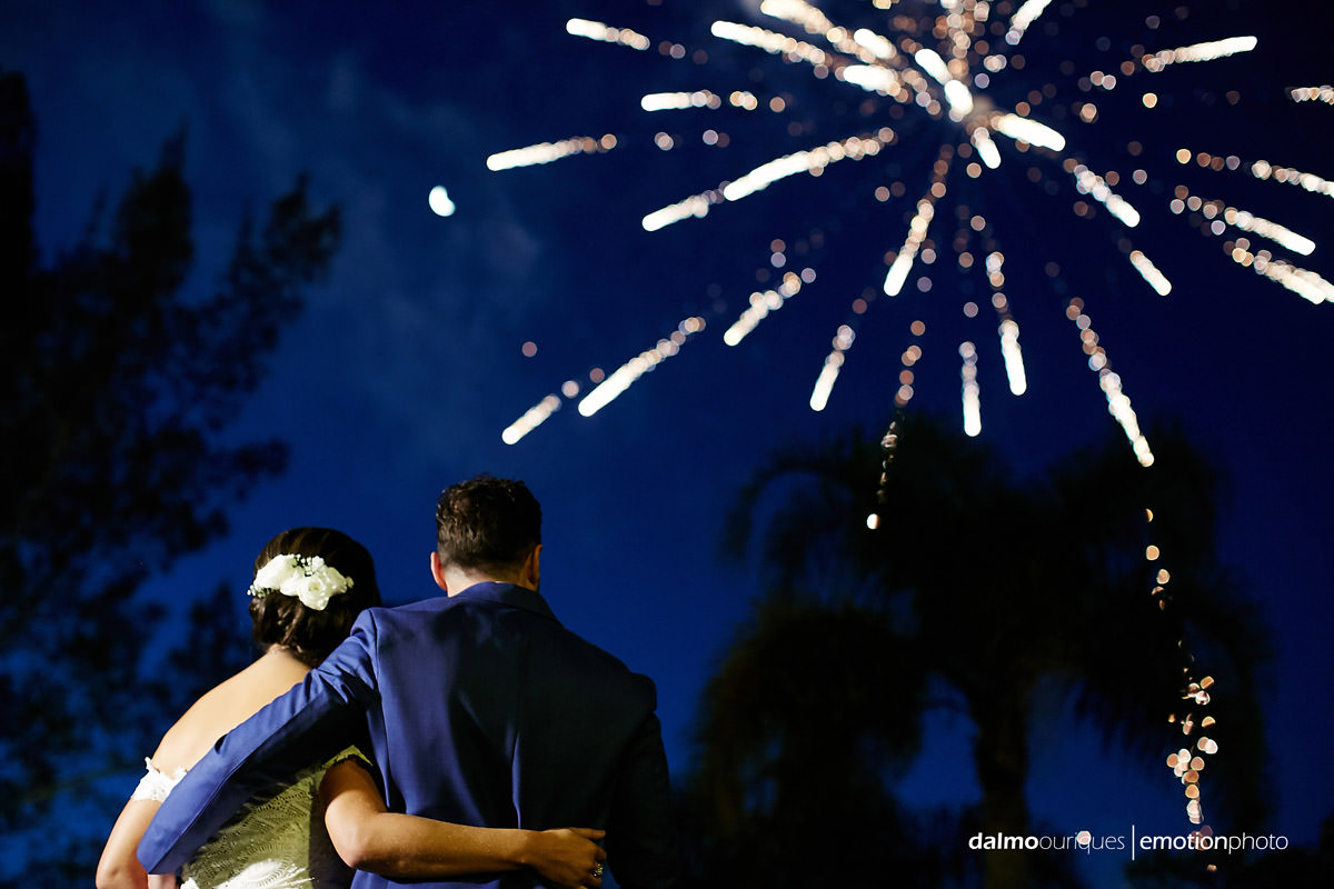 fogos de artifício em casamento; como organizar um casamento; fotografia casamento Florianópolis;