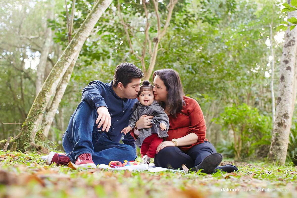 ensaio de familia, sessao de familia, ensaio fotografico em florianopolis, ensaio em florianopolis, horto florestal em florianopolis, ensaio infantil, fotografo dalmo ouriques