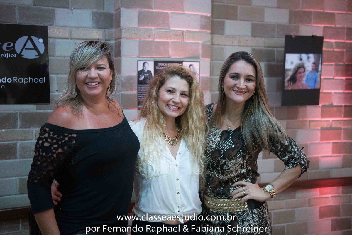 assessora de casamentos Fabiana Schreiner da Boutique de Assessoria e Ana Paula Goes do Buffet Barroso