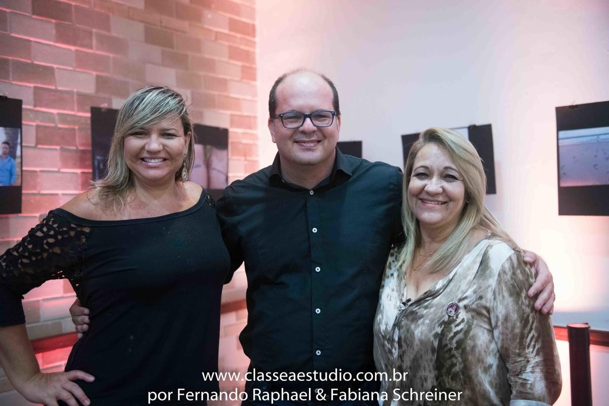 Ana Paula Goes do Buffet Barroso, fotografo Fernando Raphael e Cerimonial Fátima Magalhães,