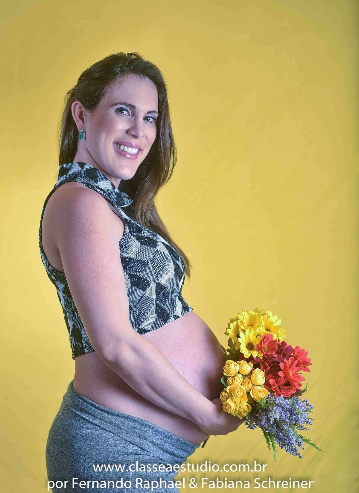 Book fotográfico de gravida em estúdio