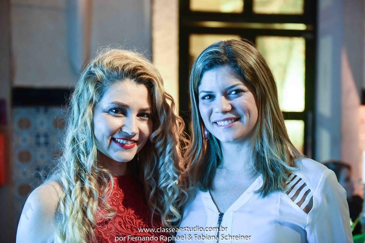 Fabiana Schreiner (Boutique de Assessoria) e Mariana De Nadal (Cerimonial Da Fonte