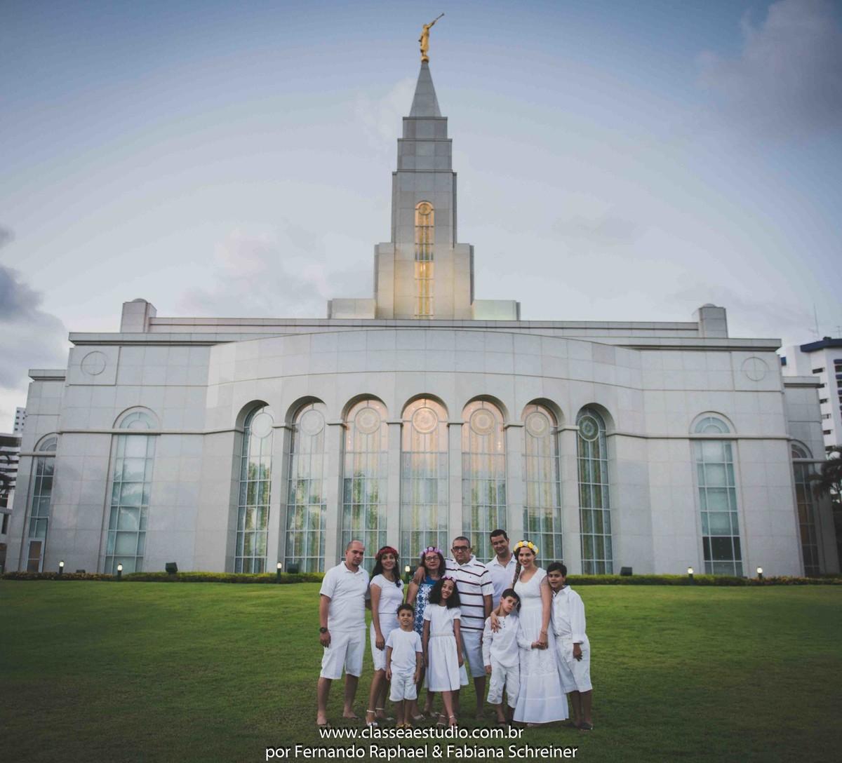 book fotográfico de família na Igreja dos Mórmons