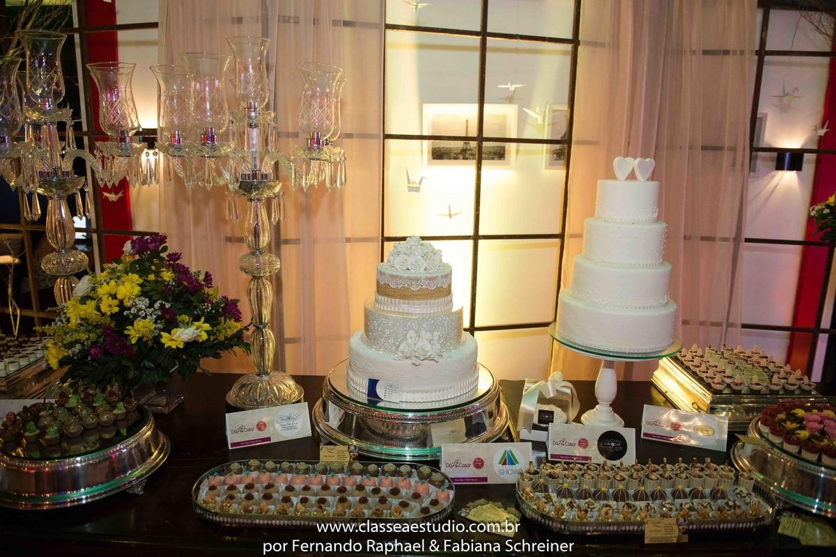 mesa de bolo de casamentos