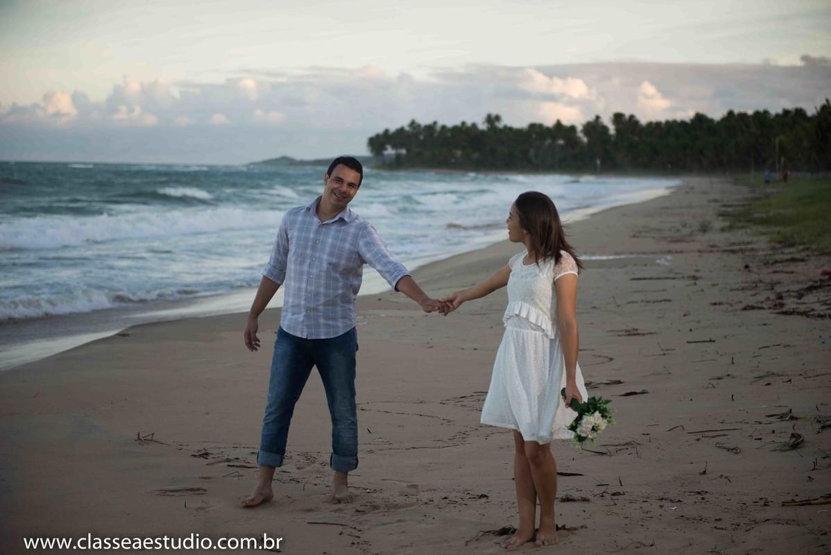 Ensaio fotografico de casal na praia do paiva