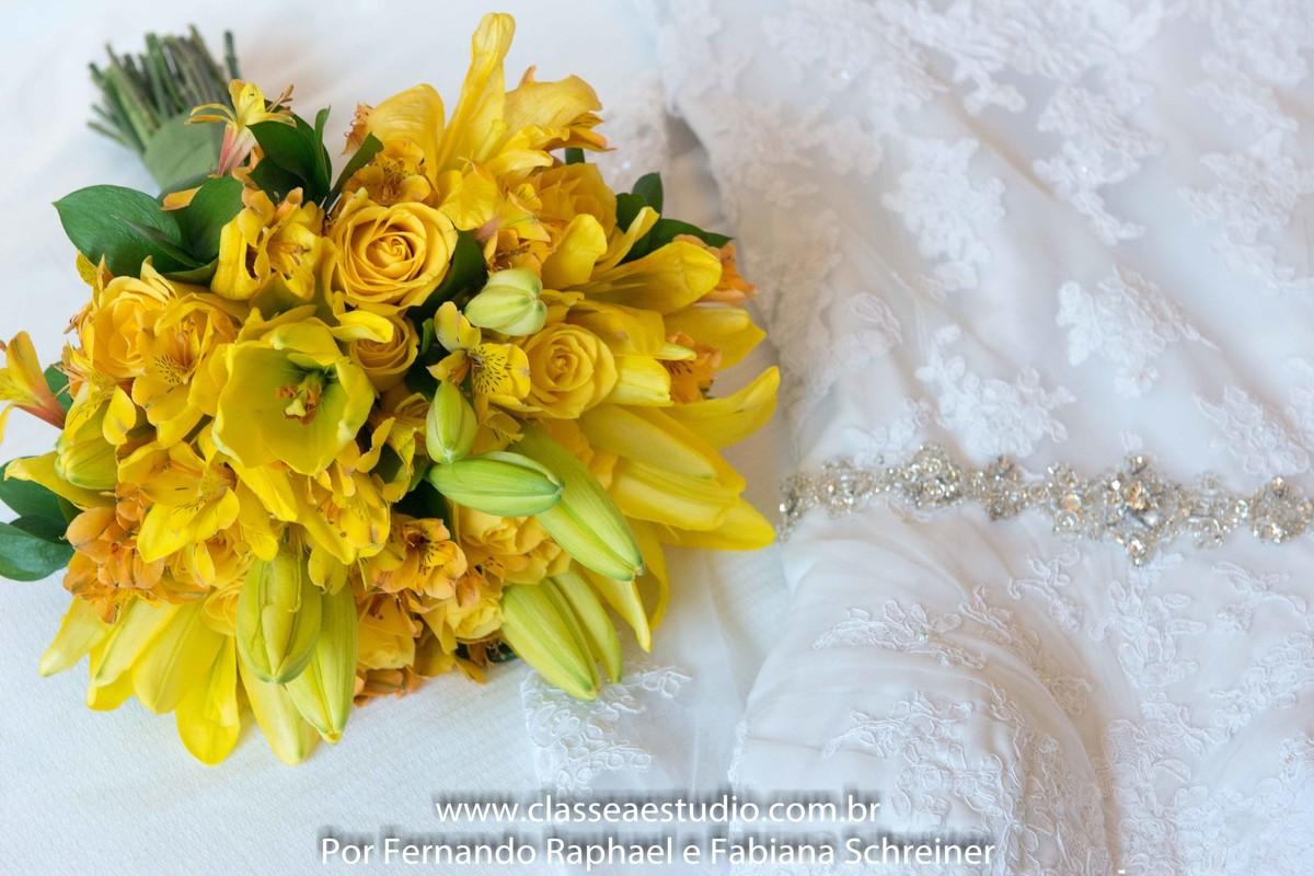 buquet e véu da noiva