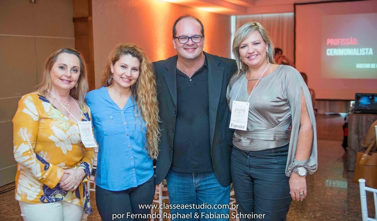 Selia Dambros, Fabiana Schreiner, Fernando Raphael e Ana Paula Goes no salão de noivas e festas wedding day