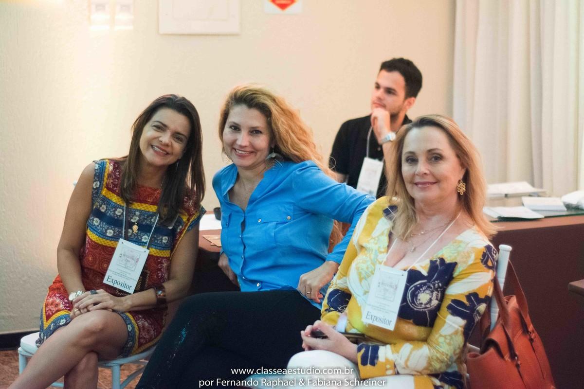 Célia Abreu e Lima (Espaço de eventos La Salle e Villa Sandino) , Fabiana Schreiner (Classe A Estudio) e Sélia Dambros (Buffet Les Anis) no workshop para cerimoniais wedding day
