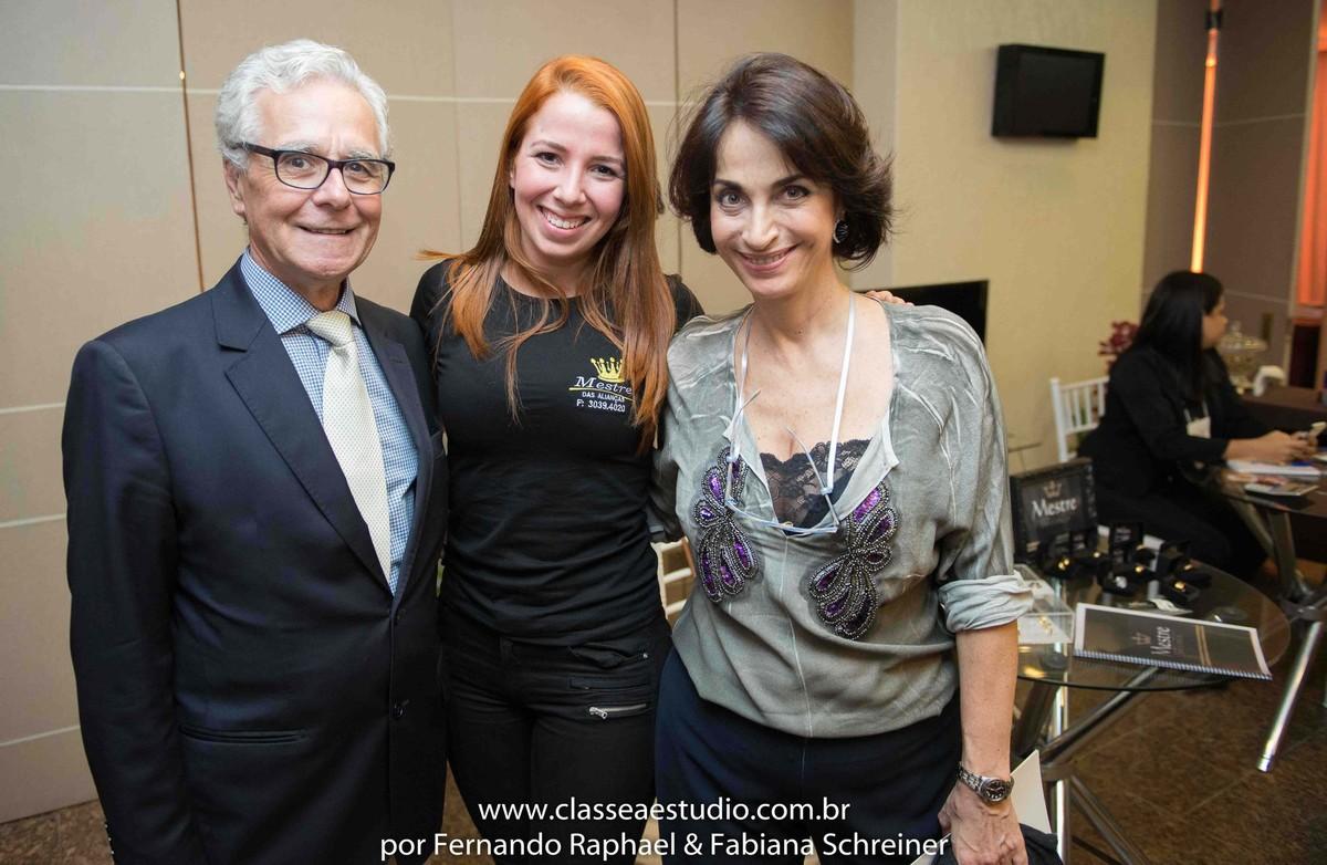 Lounge do mestre das alianças com Claudia Matarazzo e Mario Ameni no salão de noivas e festas wedding day