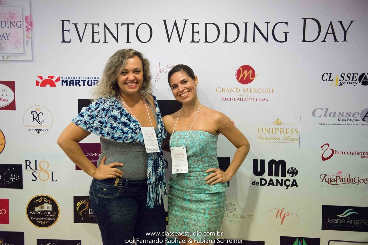 Debora e Bianca do Um ponto de Dança durante o salão de noivas e festas wedding day
