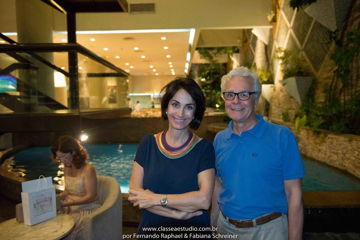 Mario Ameni e Claudia Matarazzo no salão de noivas e festas wedding day