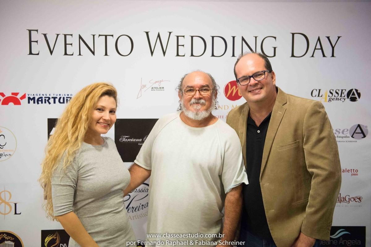 Fabiana Schreiner, o estilista Jan Souza e Fernando Raphael no salão de noivas e festas wedding day