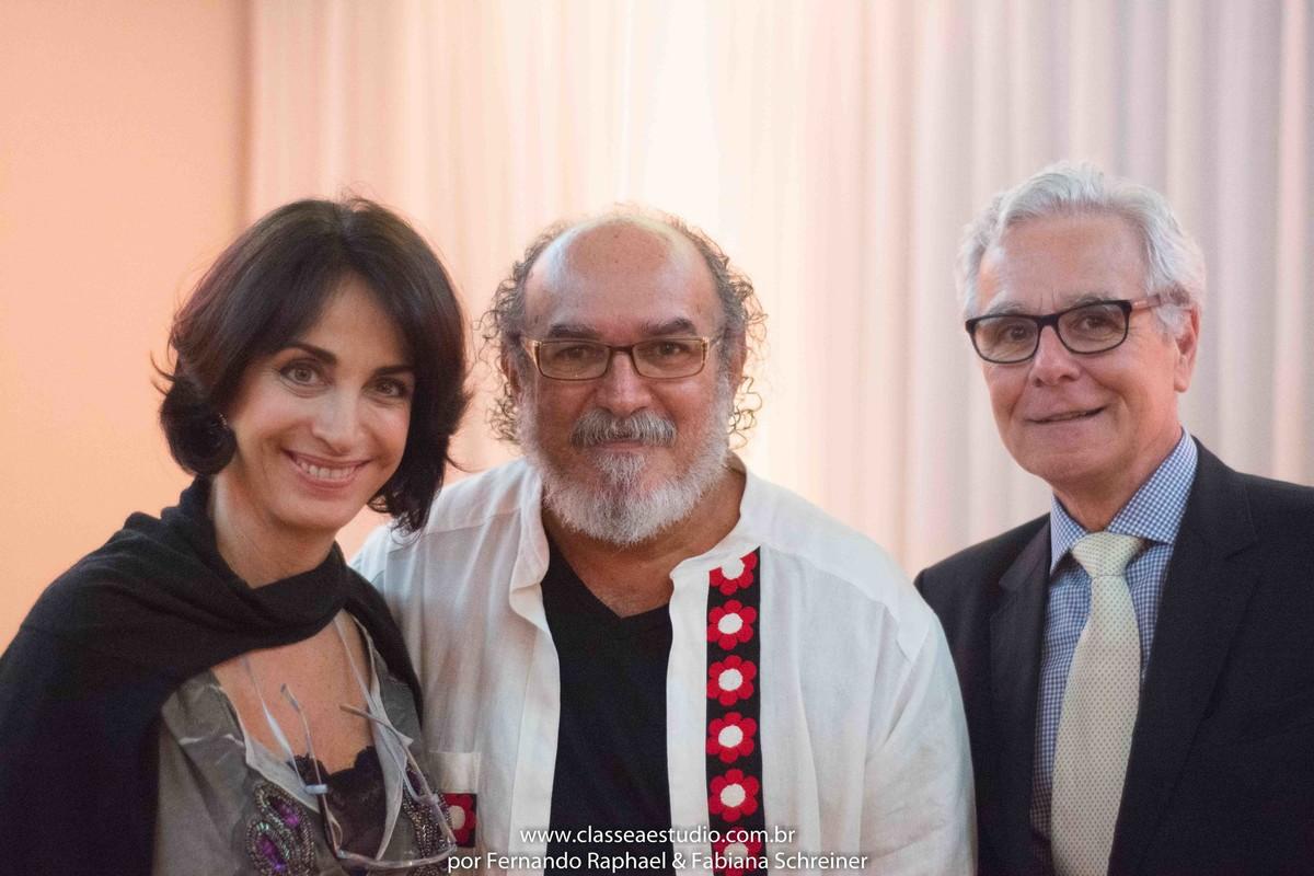 Claudia Matarazzo, o estilista Jan Souza e Mario Ameni no salão de noivas e festas wedding day