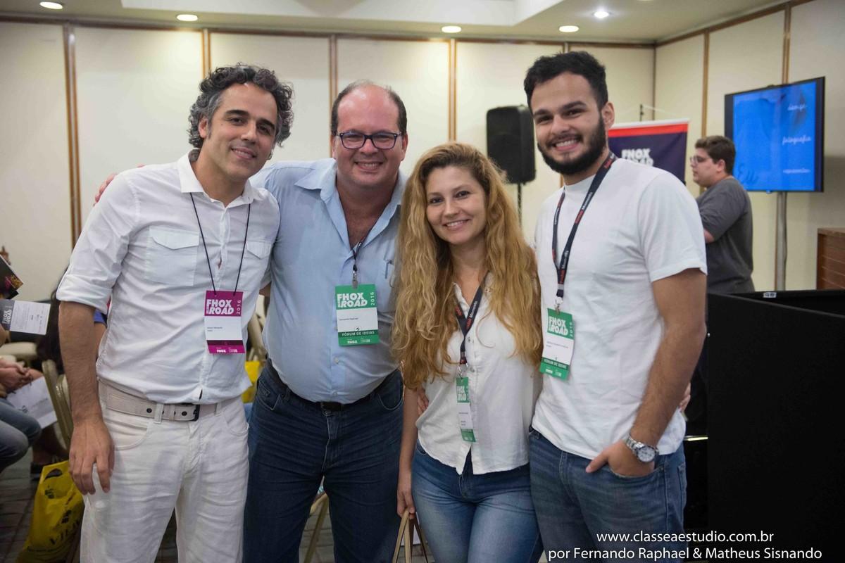Mozart Mesquita revista fhox, fotografo Fernando Raphael, fotografa Fabiana Schreiner e o fotografo Matheus Sisnando.