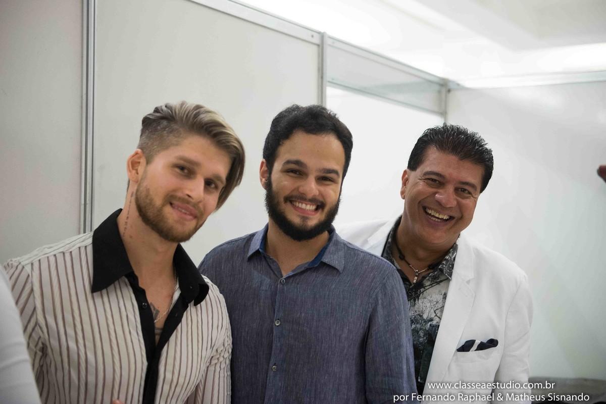 Bastidores do desfile oculum com Matheus Sisnando e Marcos Sales