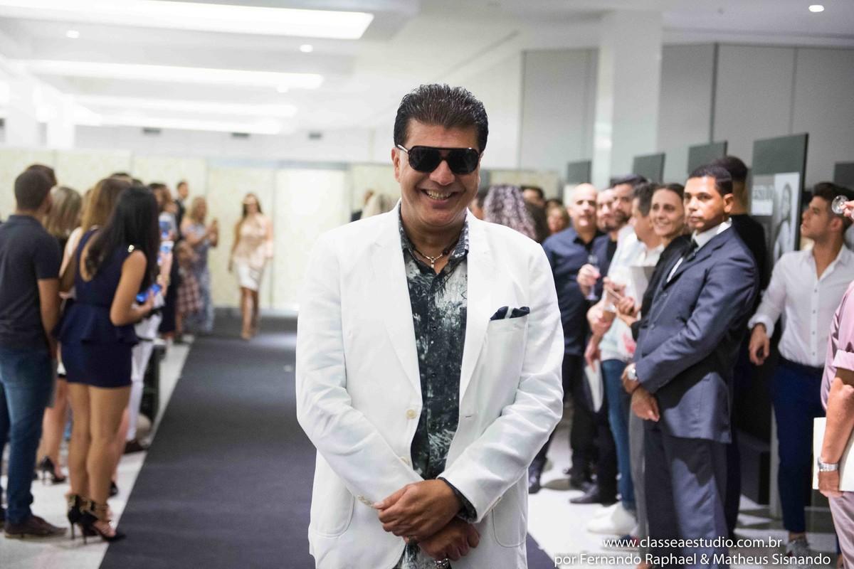 Marcos Sales desfile oculum