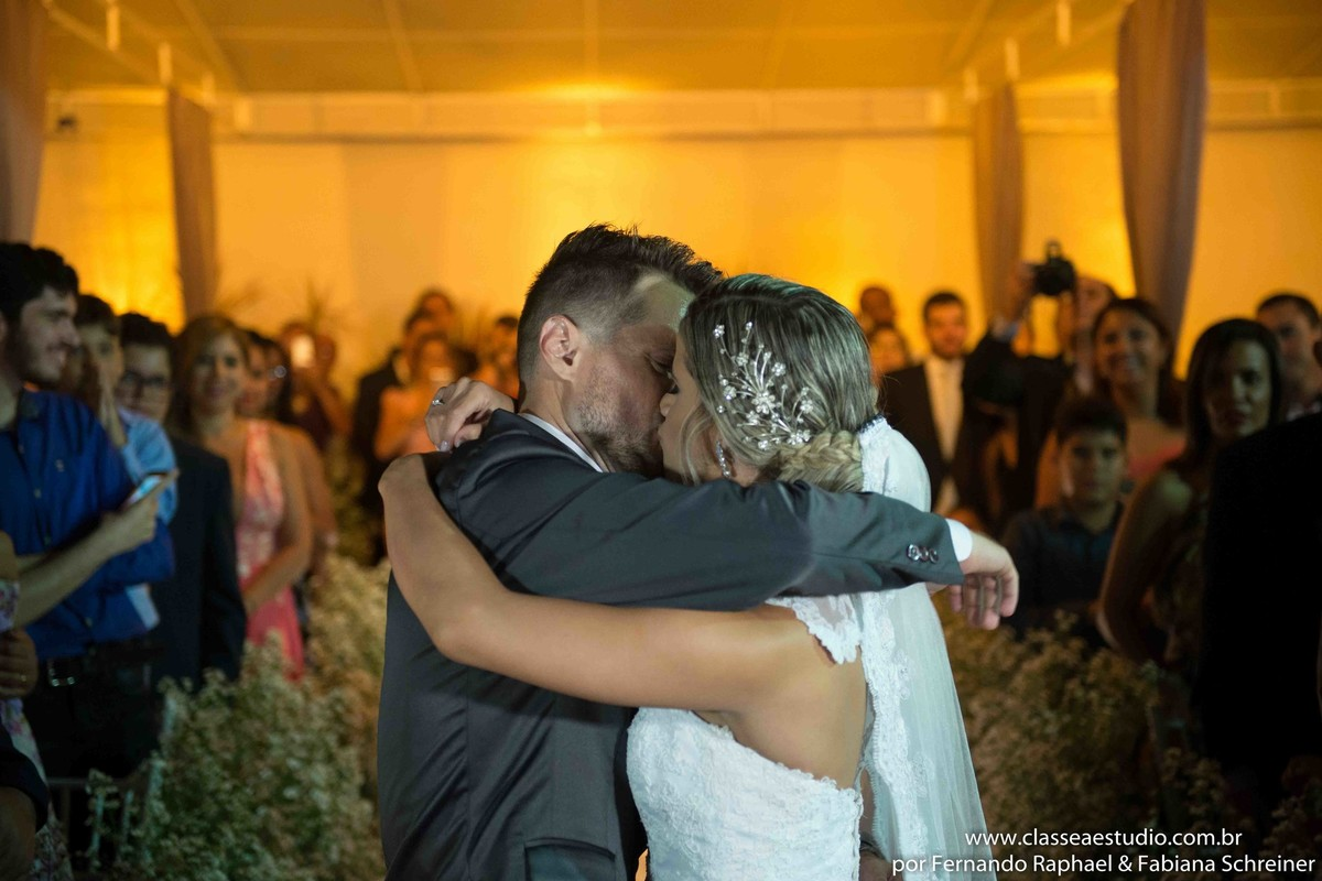o beijo de casamento
