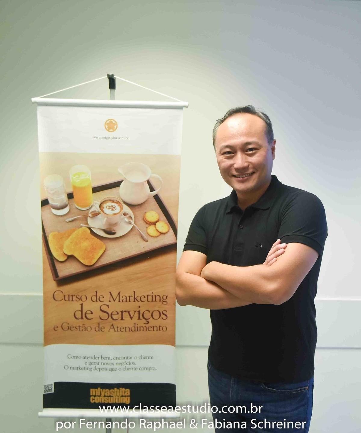 consultor de marketing Marcelo Miyashita