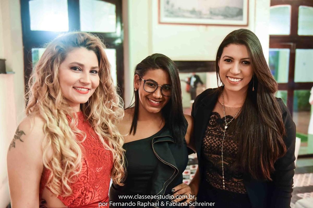 Fabiana Schreiner (Boutique de Assessoria), Blog Muito Bonitta, Thayse Alves (Branca Rosa Acessórios) e Michelle (Vert Rouge Sophistique)