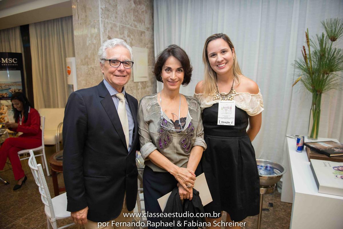 Lounge da cerimonialista Tarciana Moraes com Claudia Matarazzo e Mario Ameni no salão de noivas e festas wedding