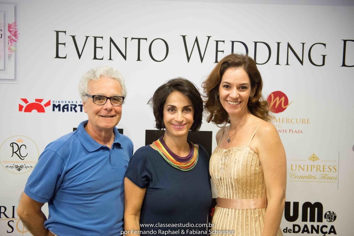 Mario Ameni, Claudia Matarazzo e a assessora Paola Muniz no salão de noivas e festas wedding day