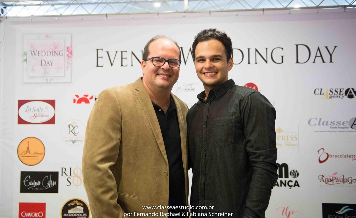 Fernando Raphael e Matheus Sisnando no salão de noivas e festas wedding day