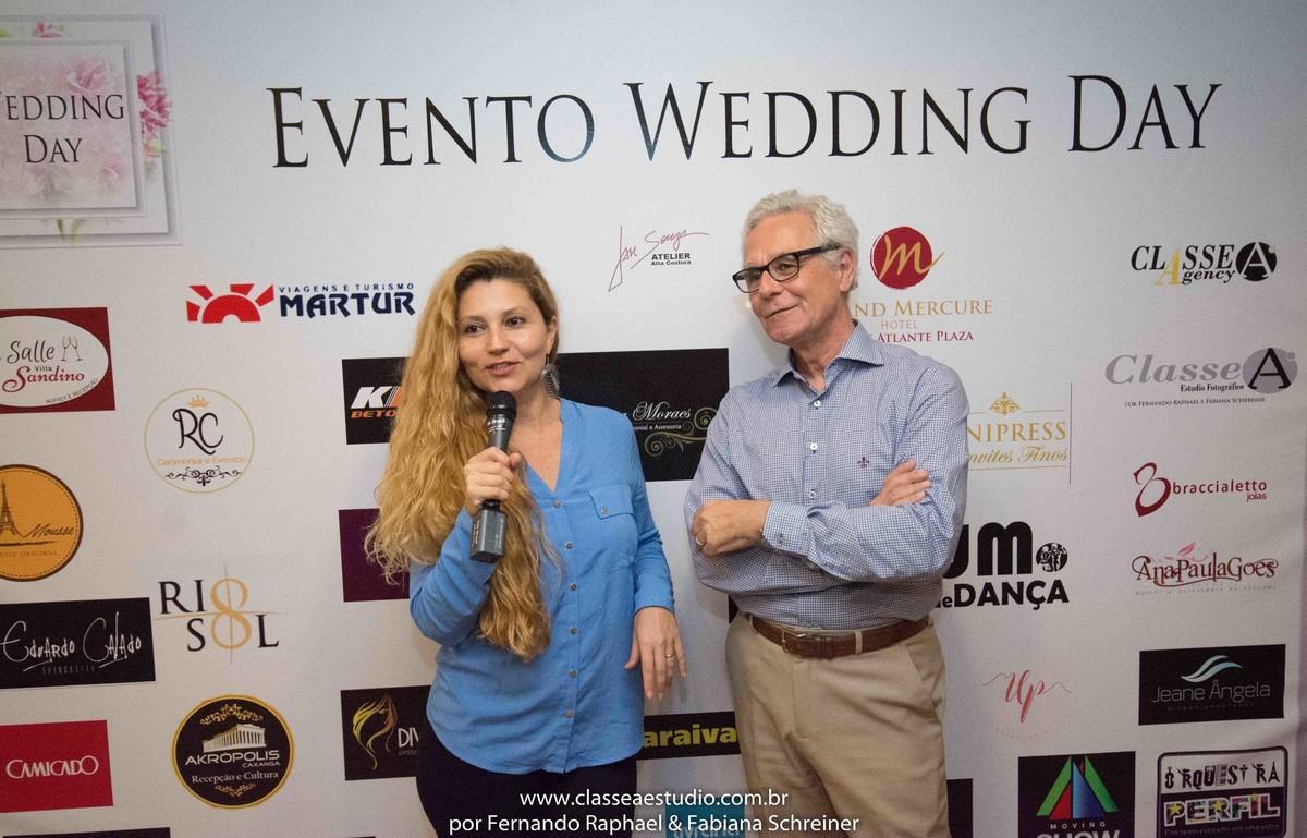 Fabiana Schreiner em entrevista com Mario Ameni no salão de noivas e festas wedding day