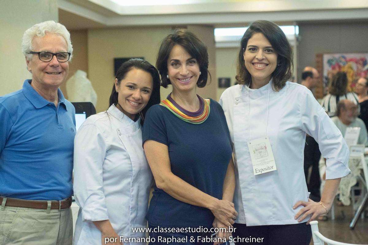 Mario Ameni, Lilian da Flor de Açúcar Patissérie, Claudia Matarazzo e Renata da Flor de Açucar Patissérie no salão de noivas e festas wedding day