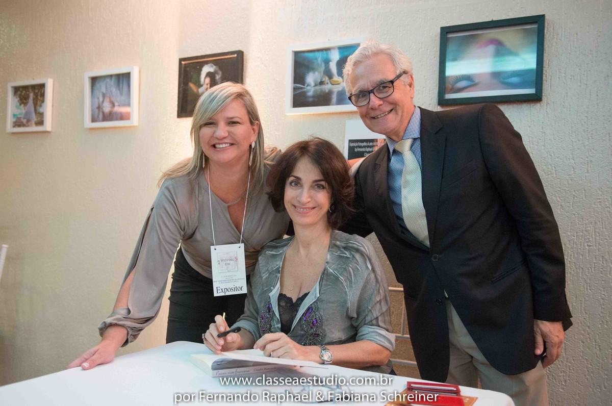 Sessão de autógrafos de Claudia Matarazzo com Ana Paula Goes e Mario Ameni no salão de noivas e festas wedding day