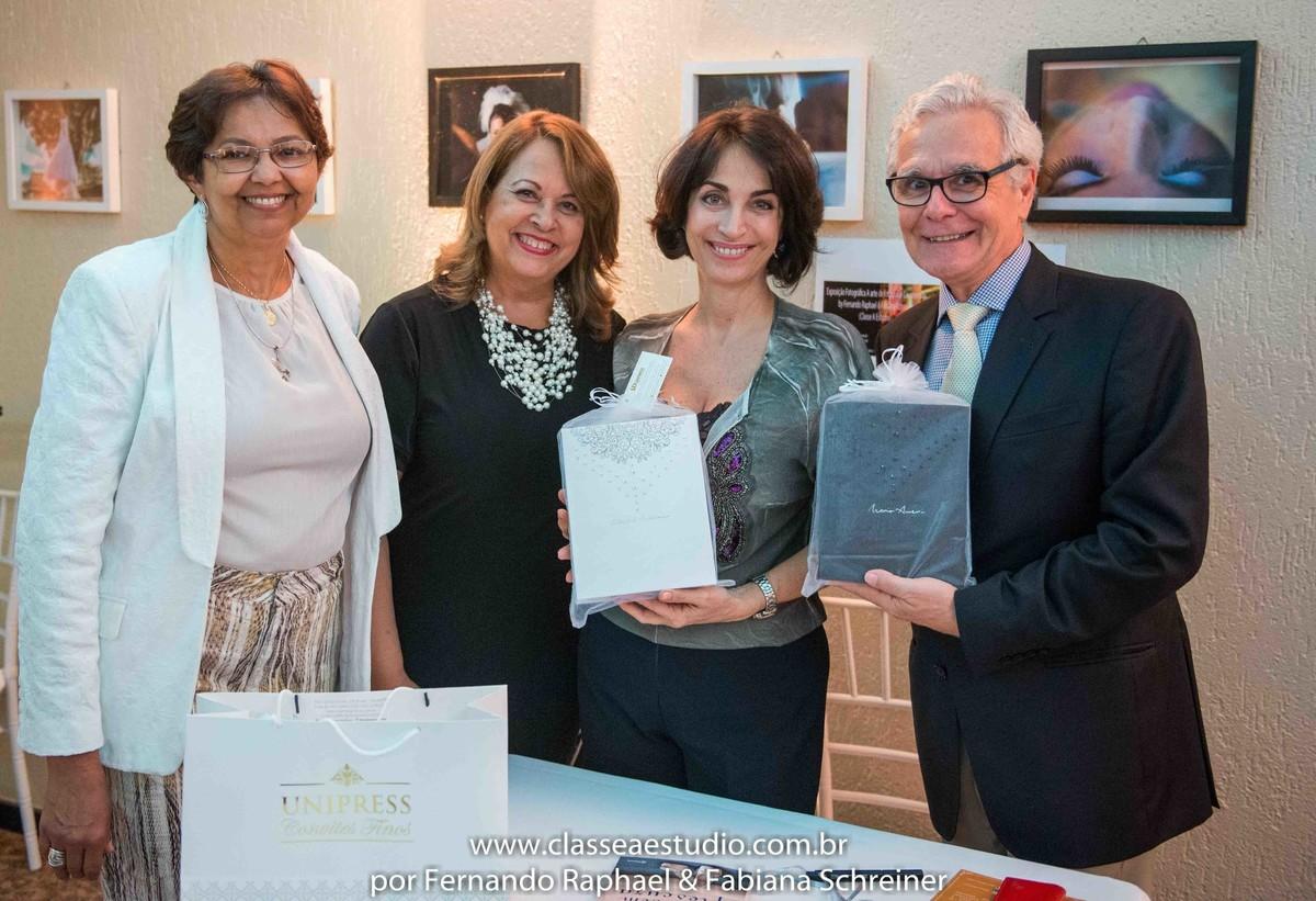 Djanira, Valeria unipress convites finos na sessão de autografos de Claudia Matarazzo e Mario Ameni no salão de noivas e festas wedding day