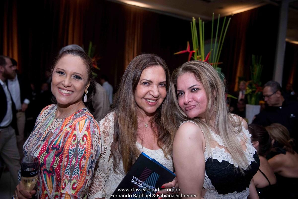 Betânia caneca, Monica Silveira e lana valentim,