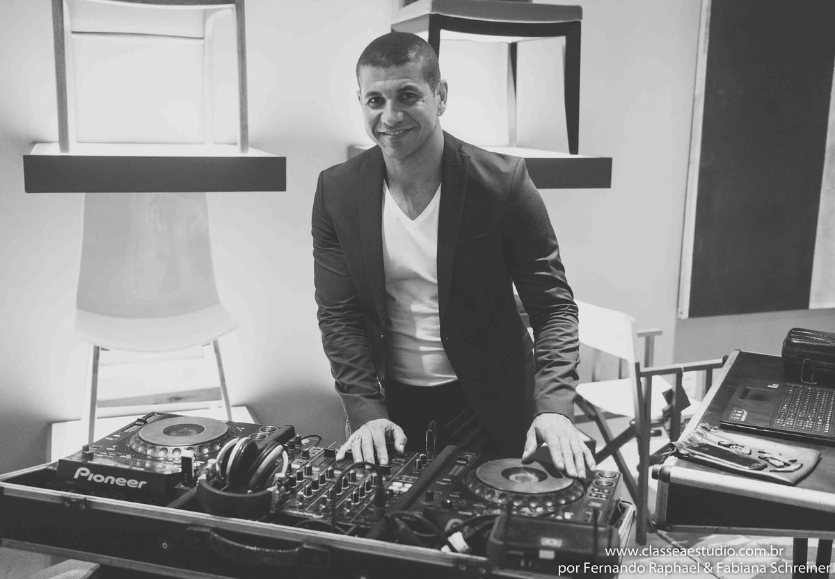 DJ Guliver