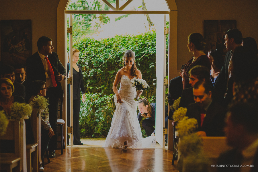 destination wedding noiva entrando