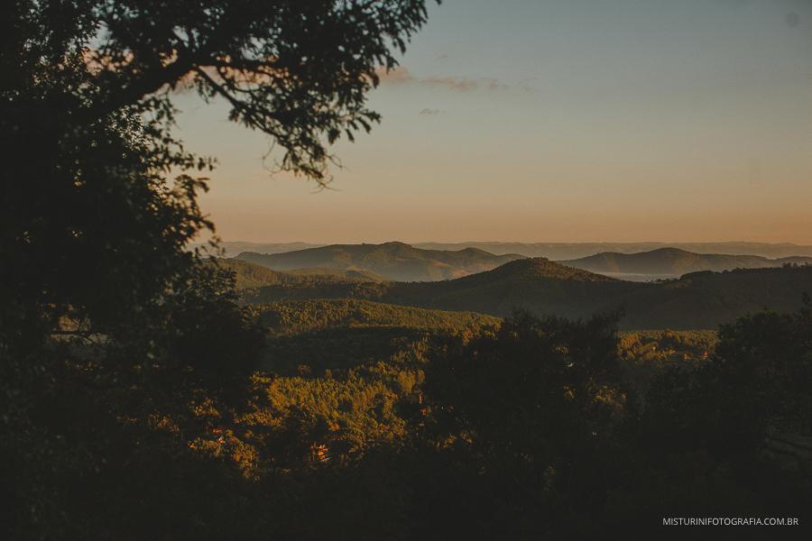 Vista da montanha casamento em monte verde