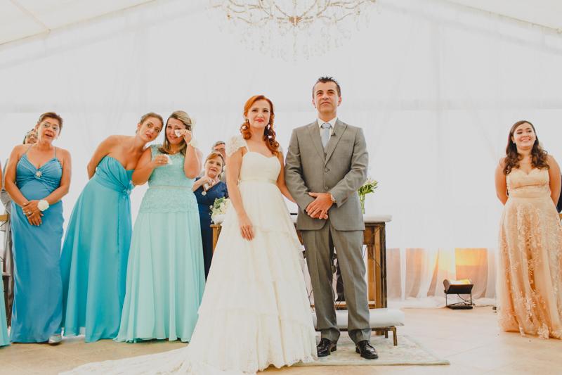 Fotografia de casamento, fotos de casamento, noiva pó de arroz, vestido de noiva , vestida de branco, casamento em Santa Isabel, casamento de dia, casamento no campo,