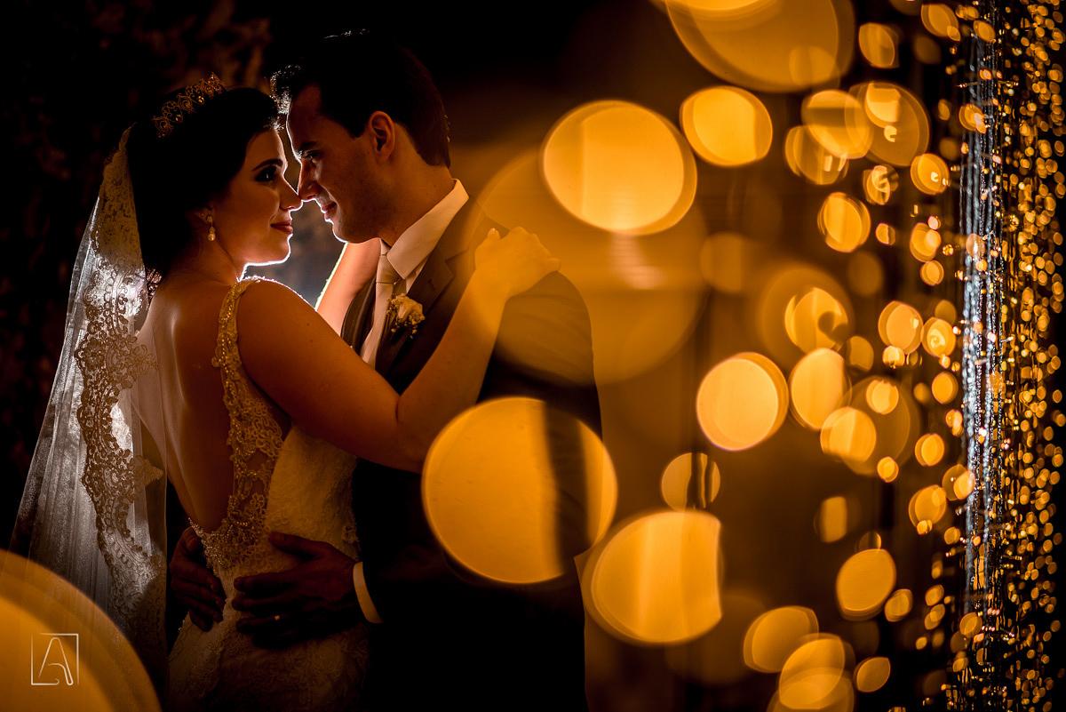 detalhe dos noivos no casamento